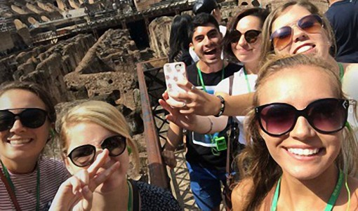Assumption College Students in Rome